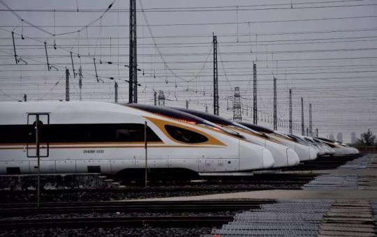我国高铁总运营里程超3.1万公里 连德国公司也点赞
