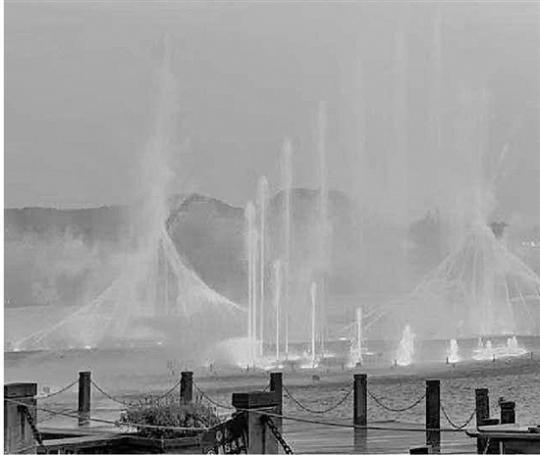 暂别两月西湖音乐喷泉国庆见