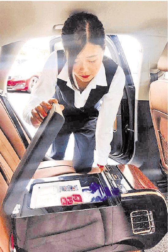 滴滴豪華車:替客戶開關車門都有標準動作 部分女司機月入超3萬元