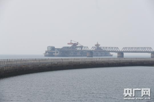 """在线配资山东日照海龙湾工程:从""""煞风景""""到""""新风景"""""""