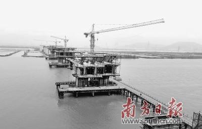 香海大桥磨刀门主航道 特大桥进入实体施工