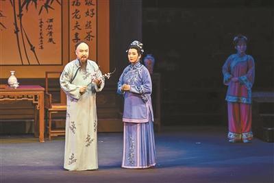 """从""""小白菜""""到""""林则徐"""" 走近北京奇特的曲剧"""