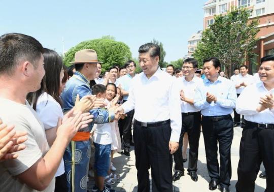 【图片故事】5个镜头:习近平总书记同内蒙古各族人民在一起