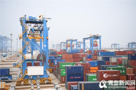 青岛港:科技引领港口升级 世界第一只是新起点