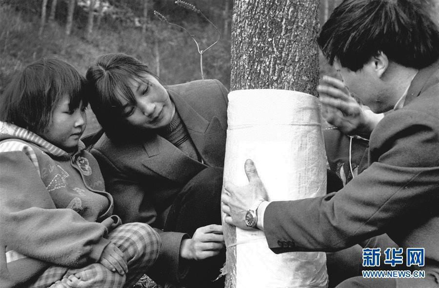 (绚丽70年斗争新时期)(13)五代人没有记初心 七十载深耕林海