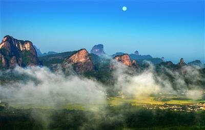以山岭为师 探自然之美