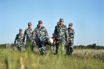 中部戰區空軍某基地無人機分隊 确保每架靶機時刻待戰