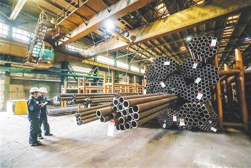 利润同比降两成 钢铁业须走出增产不增效怪圈