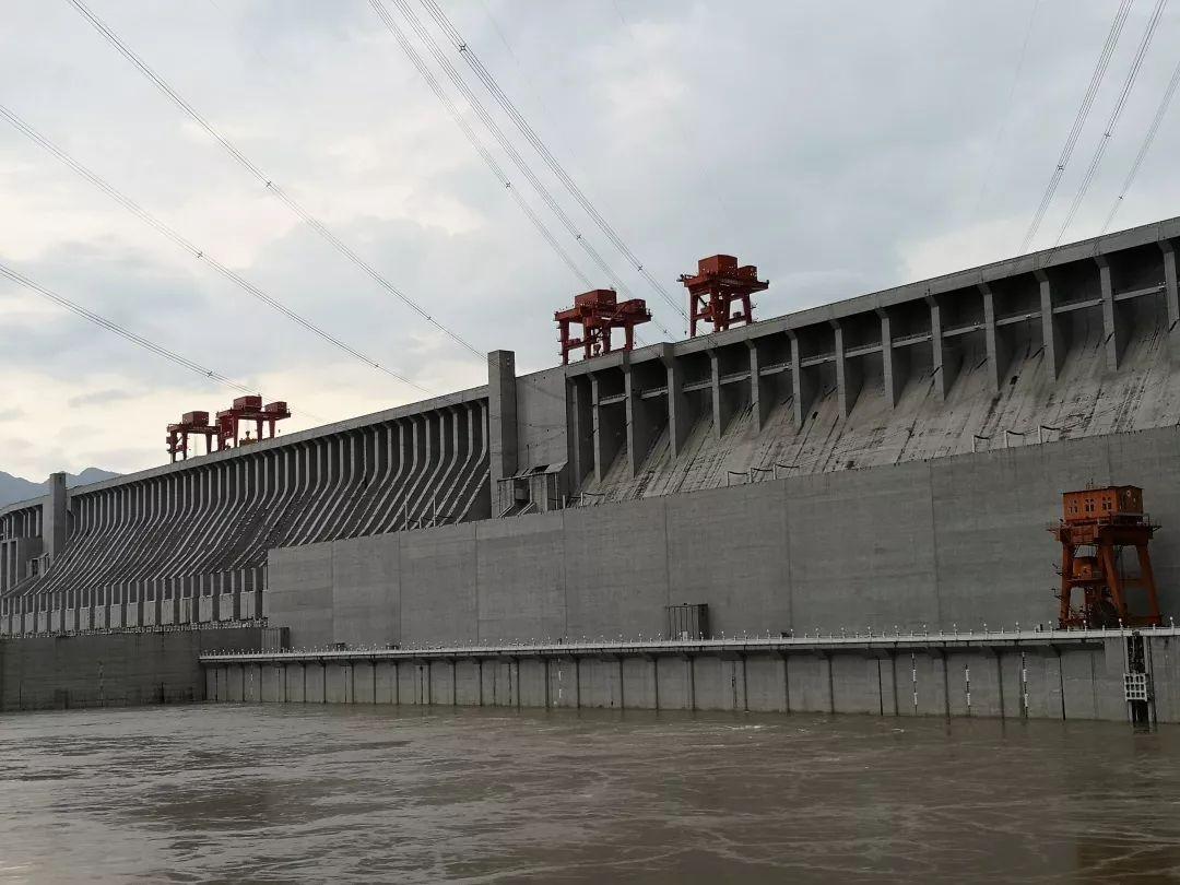 <b>在长江上建大坝,中国计划了100年,要用500年!</b>