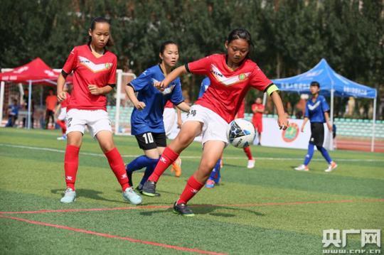 2019年全國青少年校園足球夏令營在哈爾濱開營