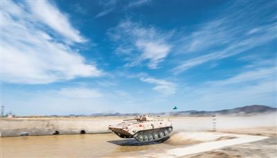 库尔勒国际军事比赛中国队获首胜