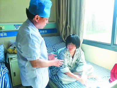 胆结石低龄化明显 暑期儿童频中招