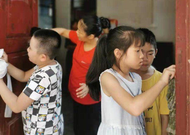佳莱科技:关爱留守儿童,城乡少年手拉手