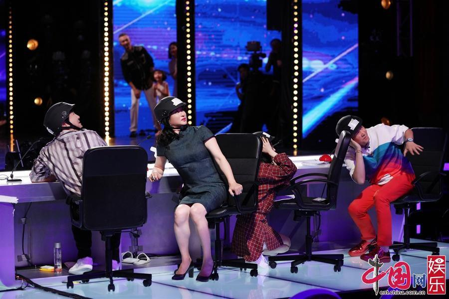 《中国达人秀》开播在即 女民警触动杨幂忆警察父亲