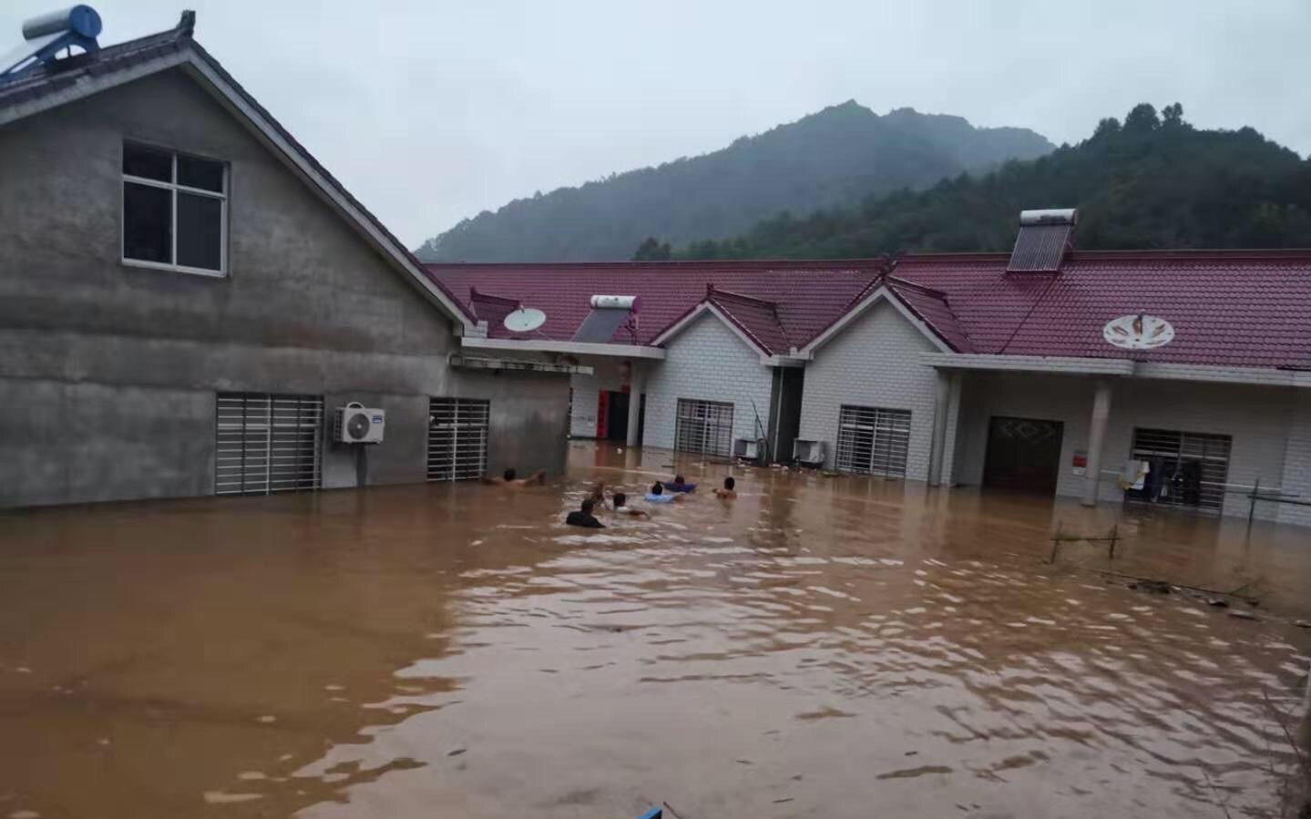 台风引发安徽宁国山洪 当地事业单位招聘专业测试取消