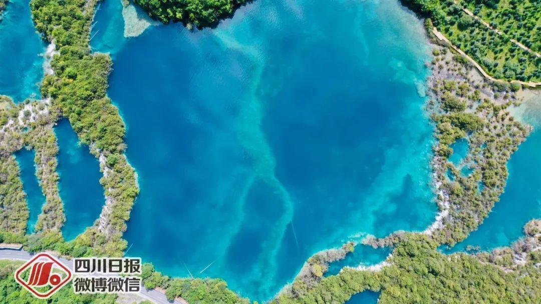 探访震后两年的九寨沟:诺日朗瀑布更加壮观