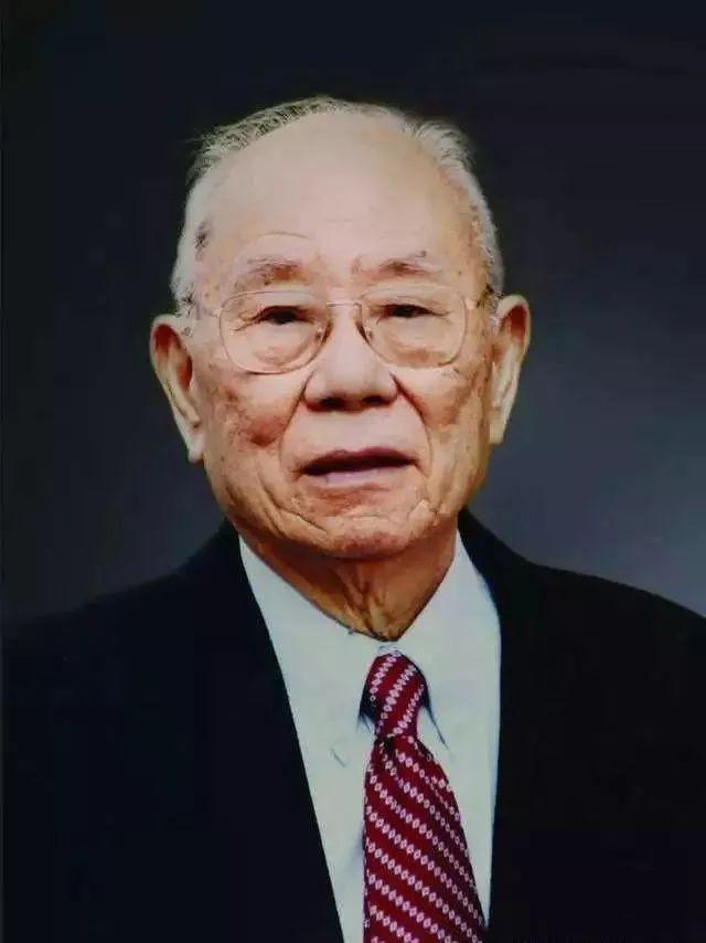 """人生榜样——追记""""良医""""冯传汉"""