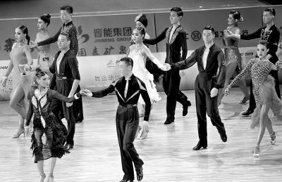 舞者只为最美一刻