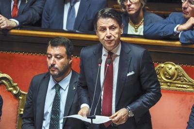 意大利政治危机 总理孔特辞职
