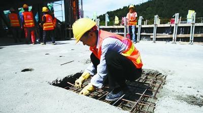 预计8月底前完成八foganglao最有网达岭长城站全部线路的精调工作