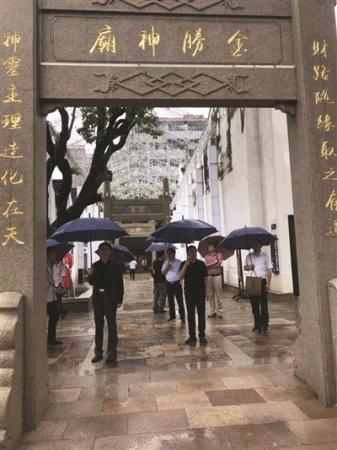 雨中漫步小娄巷,感受千年文化