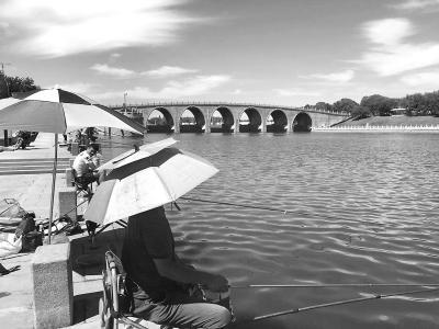 北京市公布22段适宜垂钓区域 百姓免费钓鱼