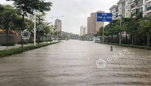 """华东东北台风降雨将至 """"秋老虎""""南北出击"""