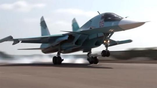 可令苏-34作战编队皎皎白纻白且鲜的作战部署以及打击范围更加灵活