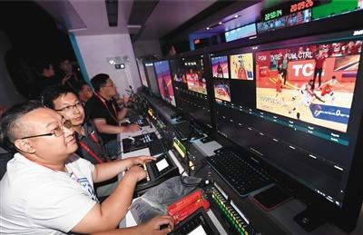 """全球首台""""5G+8K""""转播车助力篮球世界杯"""