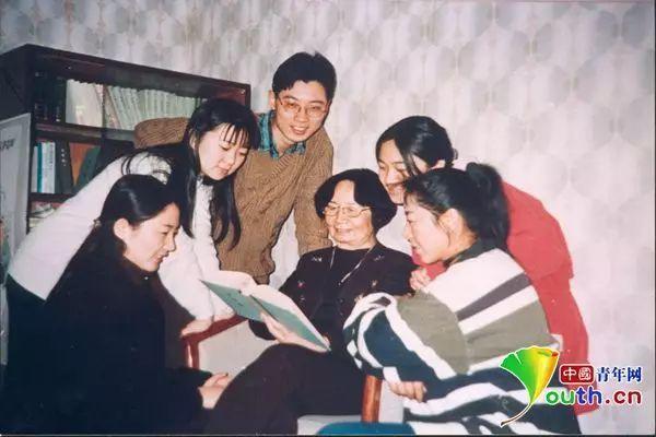 叶嘉莹:回国教书是我一生唯一的选择