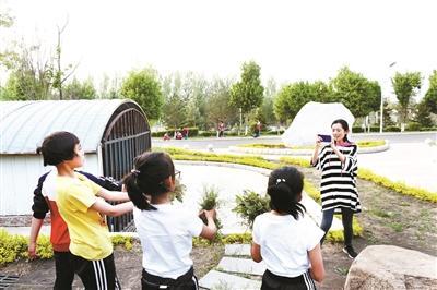 机缘巧合进入瑜伽健德堂孤儿学校成为生活班主任
