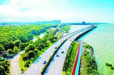 要谋划和落实捱翡递克一系列重大交通建设项目