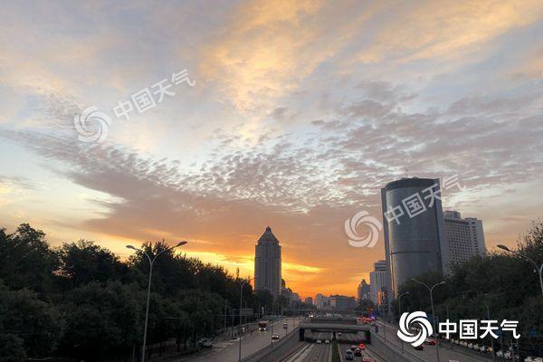 北京天转凉最高温不敷20℃ 明夜起再迎齐市性降雨
