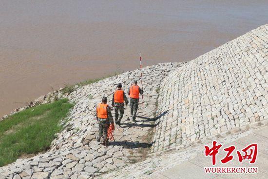 大国工匠李涛:守护母亲河 追逐绿色梦
