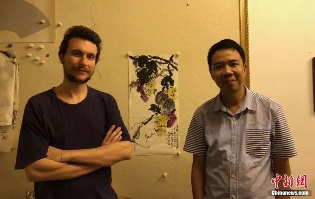 书法、篆刻、木版画 意大利小伙玩转中国传统文化艺术