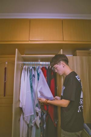 19岁汉服爱好者:穿汉服和穿T恤是一样的
