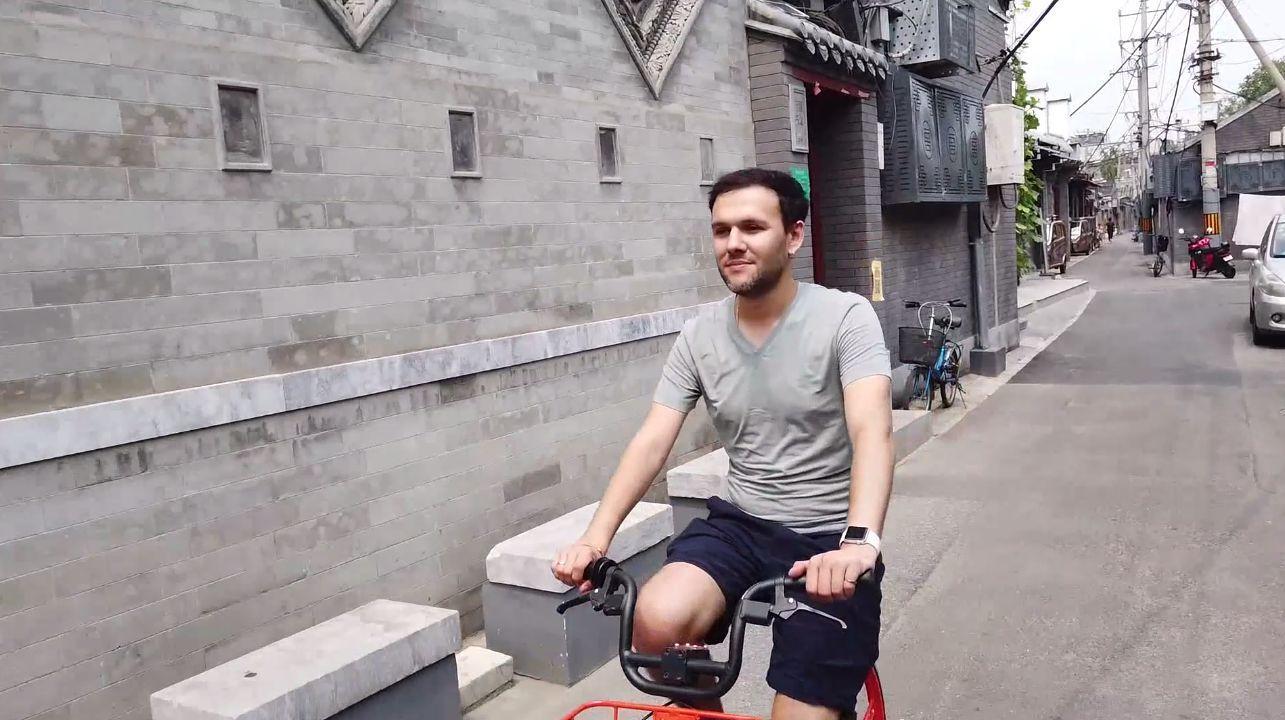 乌克兰小伙儿解锁中国发展密码