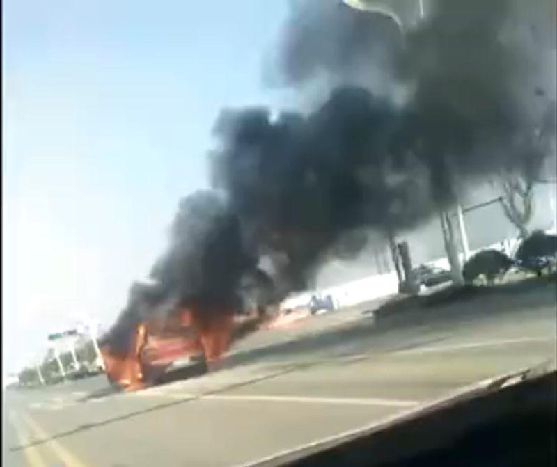 威马EX5公路起火 官方回应电池包未起火和爆炸