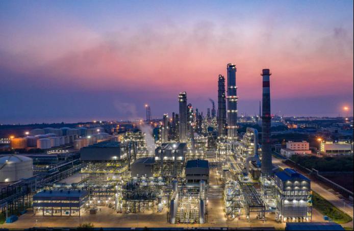 我国自主产权百万吨芳烃装置实现商业运行