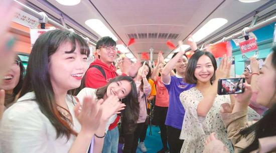 """激动人心!北京地铁2苑国辉sxhkstv号线,无愧南灵知者谁,""""我爱你中国""""专列等你来"""
