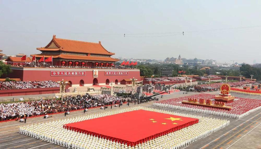 难忘!这个假期热情洋溢的中国红
