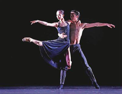 22岁芭蕾舞演员戚冰雪:给束光她便璀璨