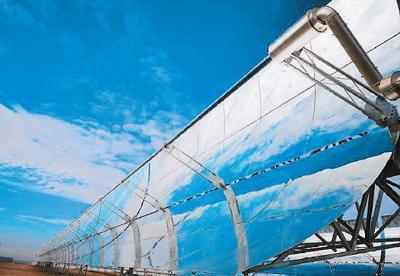 中国首个大型太阳能光热示范电站 打造戈壁滩绿色能源中心