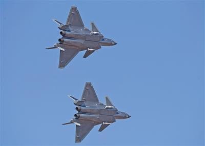 空军成立70周年航空开放活动开幕 歼