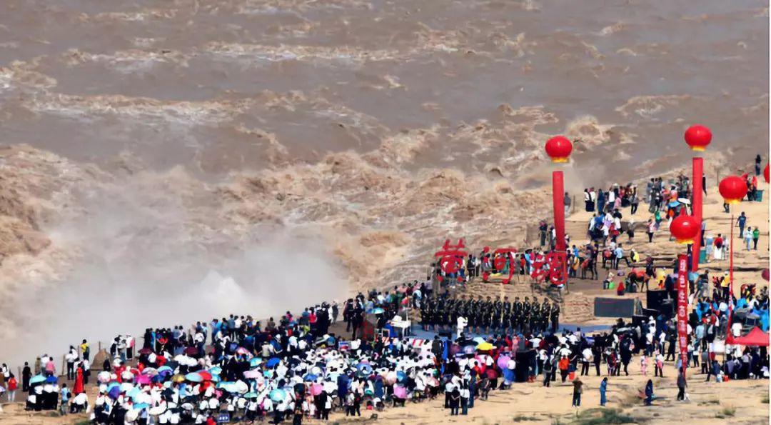 《黄河大合唱》:自强不息的民族赞歌