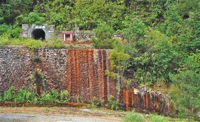 """广西一村庄被含镉""""毒水""""污染 2000万土壤修复资金到位"""
