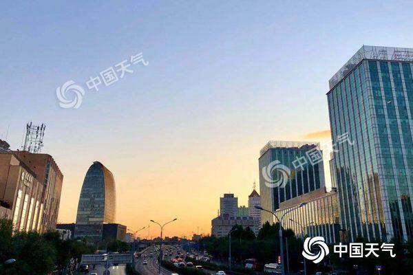 北京今夜最低温仅2℃或创下半年来新低 周末气温略升