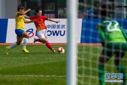 全天综合:中国女足加时赛绝杀 军事特色项目闪光