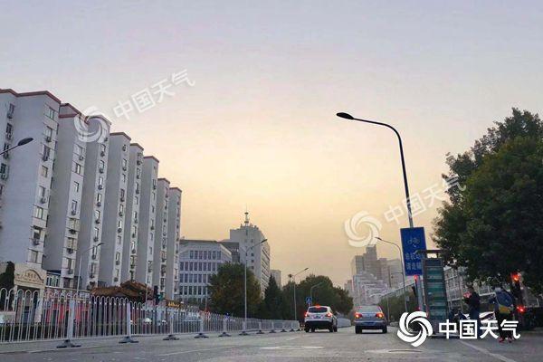 <b>北京北风劲吹 阵风8至9级大部有沙尘</b>