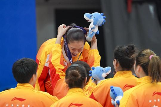 八一女篮主教练展淑萍:是严师,也是慈母